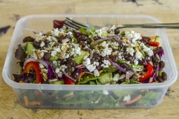 green salad with veggies