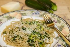 whole wheat pasta and zucchini
