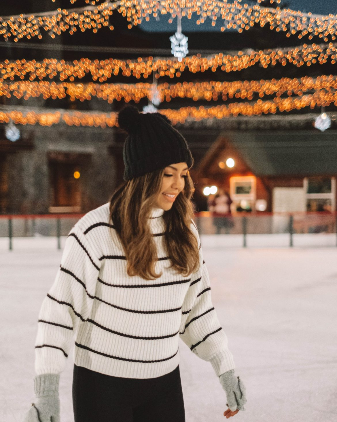 ice skating in south lake tahoe, fun things to do in South Lake Tahoe during winter - cindyycheeks.com