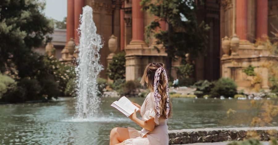 cindyycheeks at palace of fine arts photography - Instagram worthy spots in San Francisco