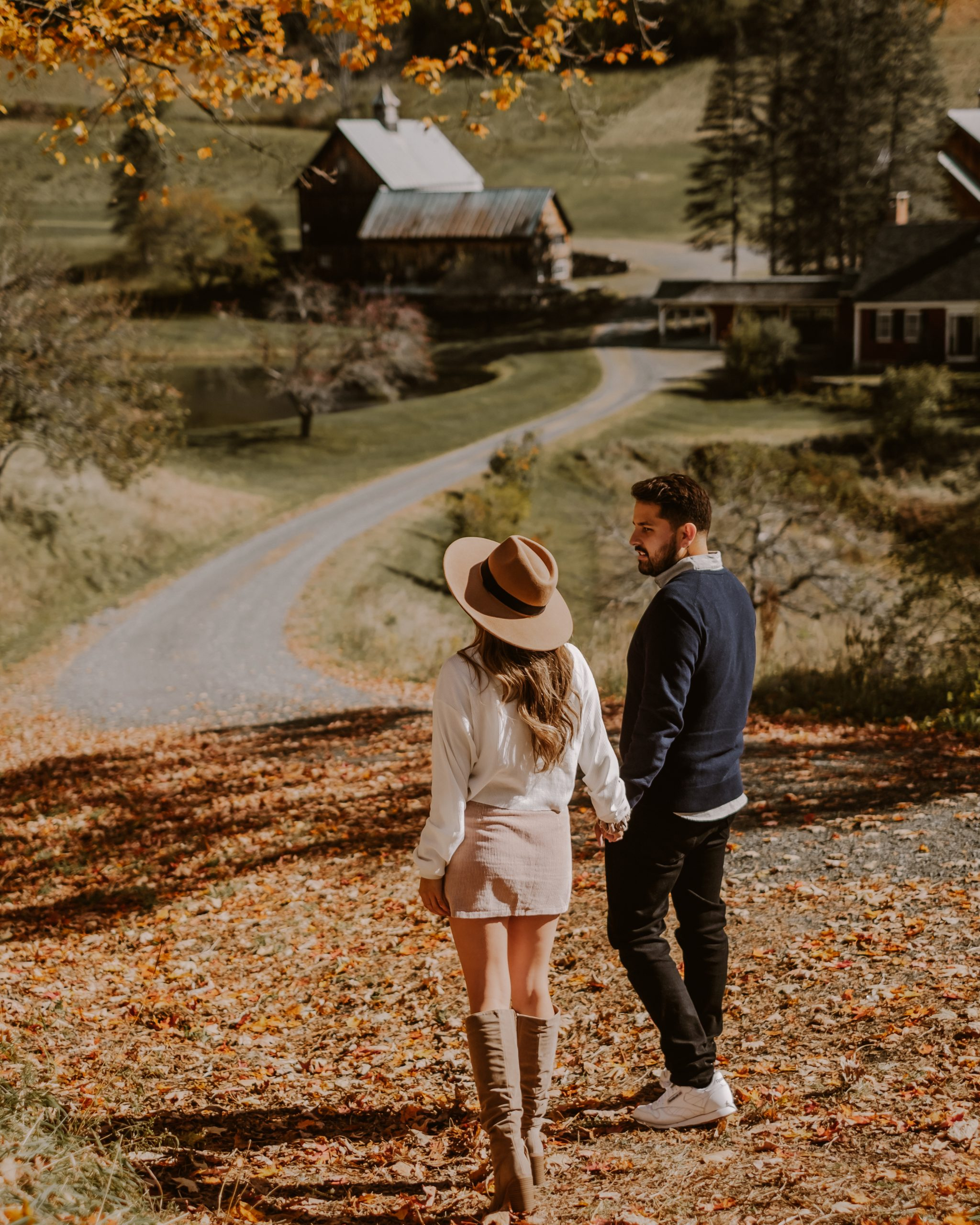 Fall in Vermont - Road-trip Guide and Itinerary   fall foliage, New England travel guide, fall fashion and outfit inspo, aesthetic fall photos