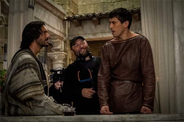Non, cette image n'est pas dans le film. Mais vu le niveau de réalisme historique, c'est presque étonnant. - photo Paramount Pictures