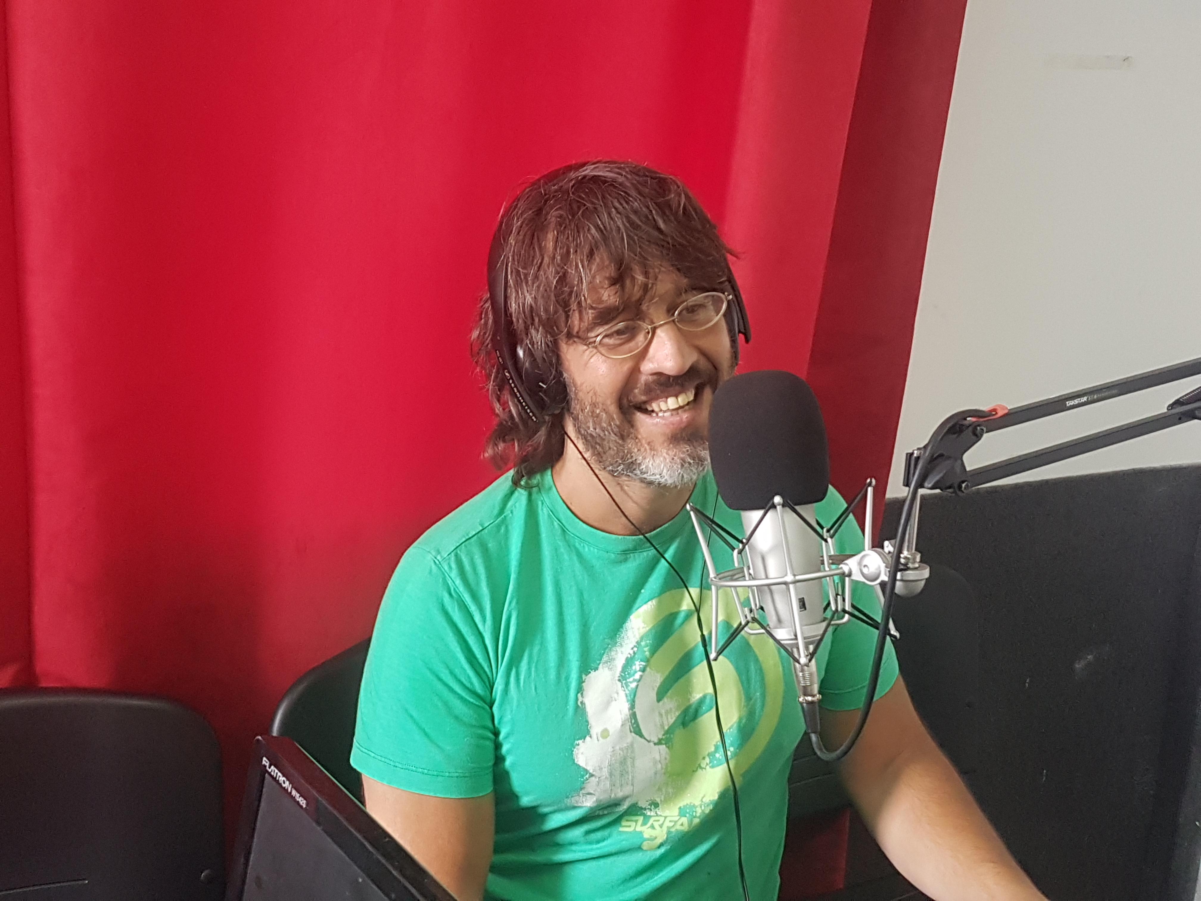 """Francisco Pesqueira:""""Cada noche en """"Simple"""" con la elección de los temas musicales por el público hago un show diferente"""""""