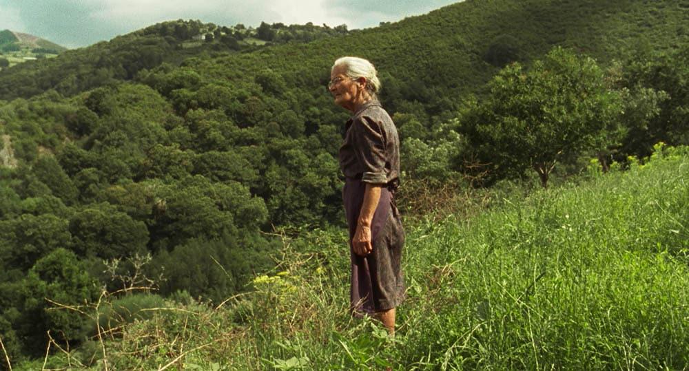 Benedicta Sanchez, 83 ans, dans Viendra le feu