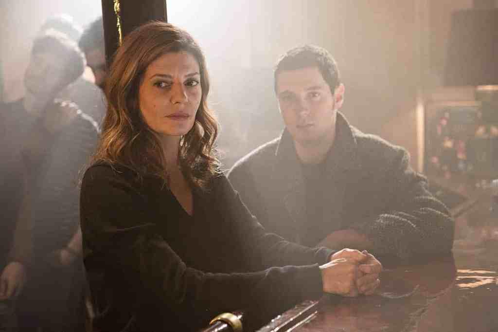 Chiara Mastroianni et Vincent Lacoste dans Chambre 212