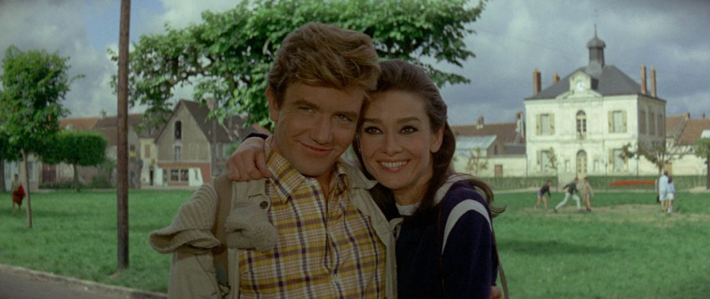 Albert Finney et Audrey Hepburn dans Voyage à deux