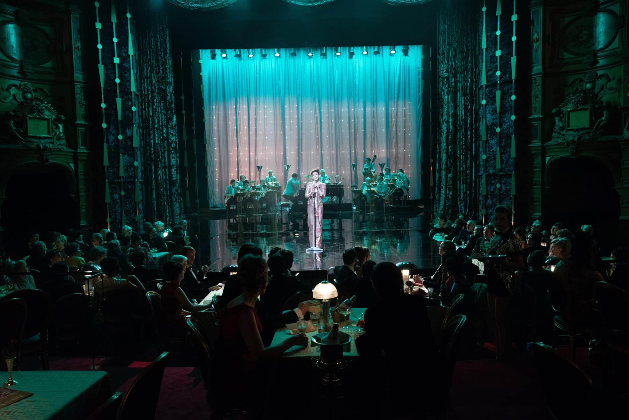 Renée Zellweger sur scène dans Judy