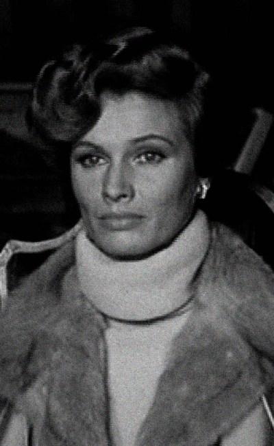 La grande Evelyn Stewart dans The Psychic