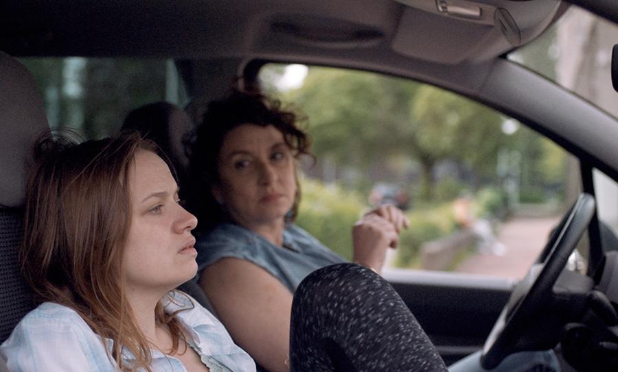 Sara Forestier et Noémie Lvovsky dans Filles de joie