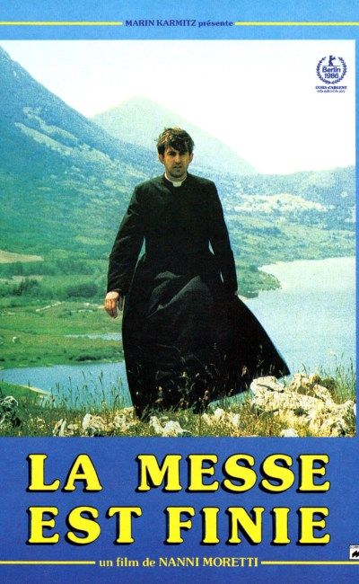 Affiche française de La Messe est finie