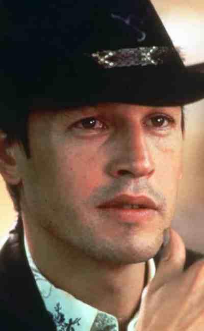 Frederic Forrest dans The Rose