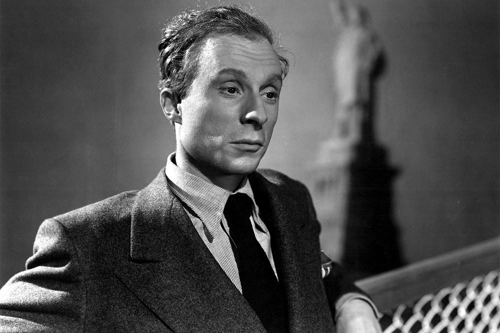 Norman Lloyd dans Cinquième colonne d'Alfred Hitchcock
