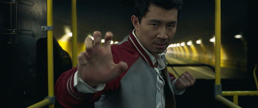 Simu Liu dans Shang-Chi et la légende des dix anneaux - photo
