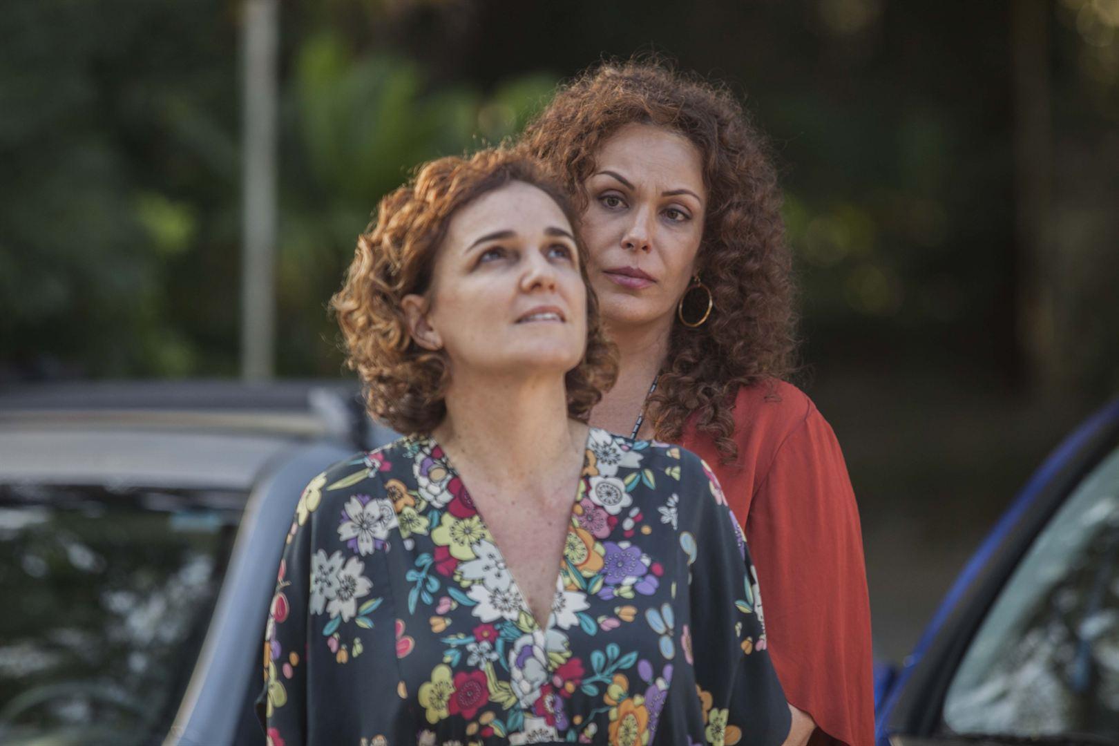 Carolina Ferraz vive um travesti em novo filme