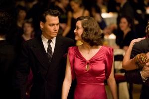 John Dillinger (Johnny Depp) and Billie Frechette (Marion Cotillard)