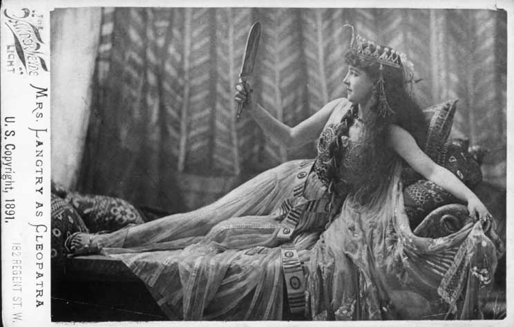 2Jeanne d'Alcy em Cleopatra's Tomb (1899) - Cinema Clássico