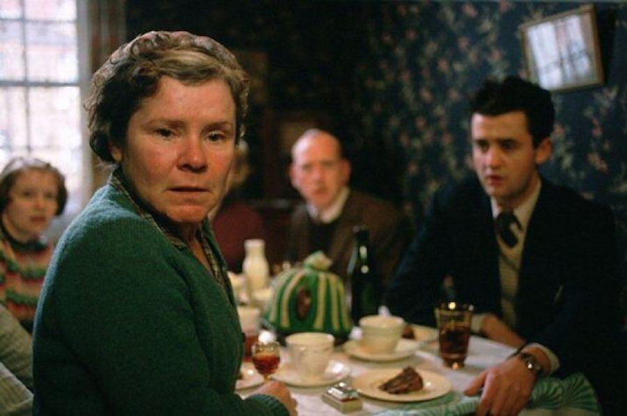 Vera Drake (2004) de Mike Leigh
