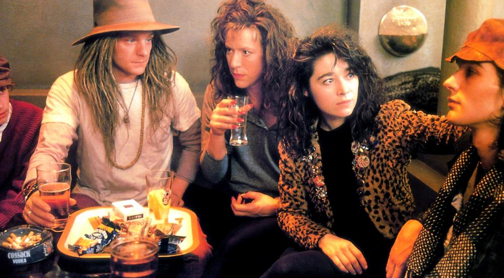 LONDON KILLS ME, Stevan Rimkus (in hat), Emer McCourt (in leopardskin), 1991, (c) Fine Line Features