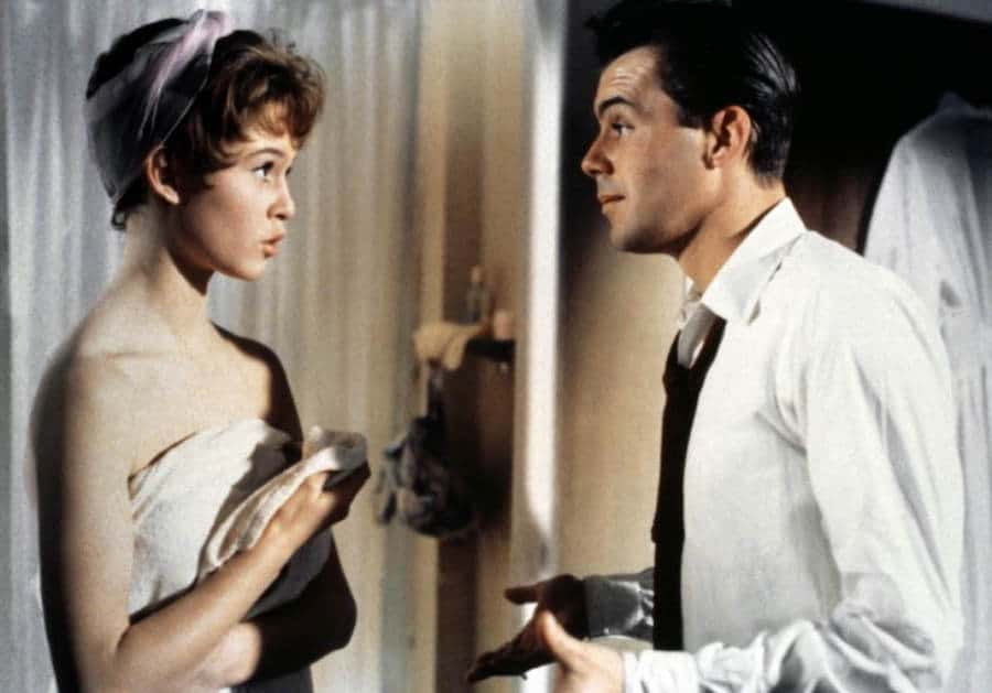 Doctor At Sea (1955) avec Dirk Bogarde et Brigitte Bardot