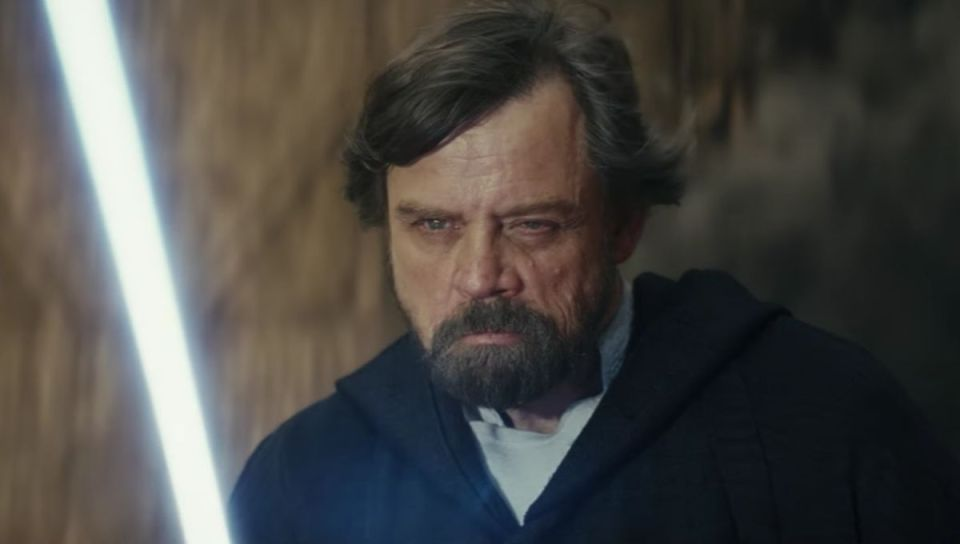 mark-hamill-as-luke-skywalker-in-the-last-jedi