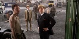 Jason Clarke e George Wilson, Tobey Maguire è Nick Carraway e Joel Edgerton è Tom Buchanan nel Grande Gatsby.