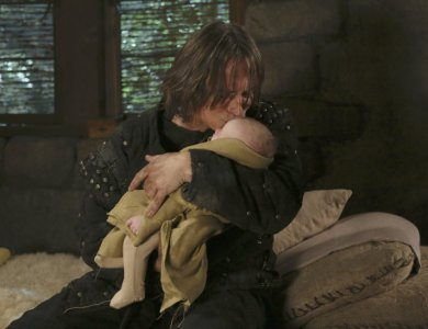 Rumple-kissing-Baby