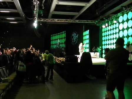 Emerald City Comicon 2015 Anthony Mackie Selfie