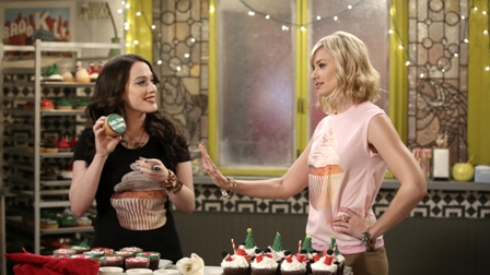 2 Broke Girls and a loan for christmas r