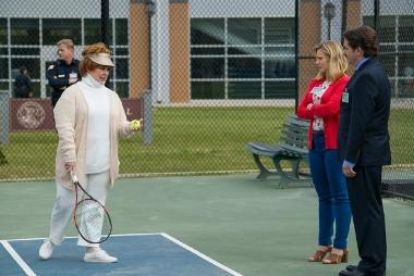 Boss melissa mccarthy tennis (380x254)