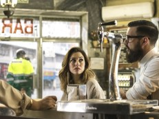 Blanca Suárez y Mario Casas - El Bar