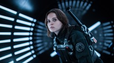 Felicity Jones is Jyn Erso in 'Rogue One: A Star Wars Story' (© Lucasfilm Ltd. All Rights Reserved).