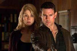Tom Cruise et Rosamund Pike dans Jack Reacher (2012)