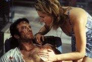 Thomas Jane et Rebecca Romijn dans The Punisher (2004)