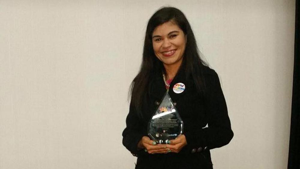 Julissa Sánchez estudiante del CNEAC participa en rueda de diálogos en Festival de Bolivia