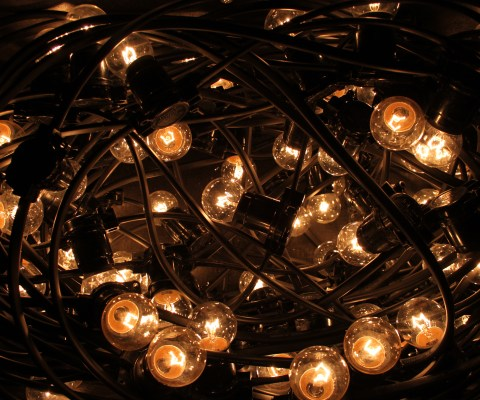 Festoon Lighting – A Beautiful Addition To Any Event