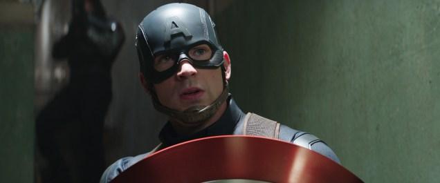 Captain America/Steve Rogers (Chris Evans) Photo Credit: Zade Rosenthal © Marvel 2016
