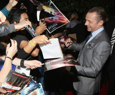 MEXICO CITY, MEXICO - AUGUST 30: Caption: MEXICO CITY, MEXICO ñ AUGUST 30: Actor Simon Pegg signs autographs and takes selfies with fans during the promotional tour of the Paramount Pictures title ìStar Trek Beyondî at Cinemex Antara Polanco on August 30, 2016 at The St Regis Hotel in Mexico City, Mexico. (Photo by Victor Chavez/Getty Images for Paramount Pictures) *** Local Caption *** Simon Pegg