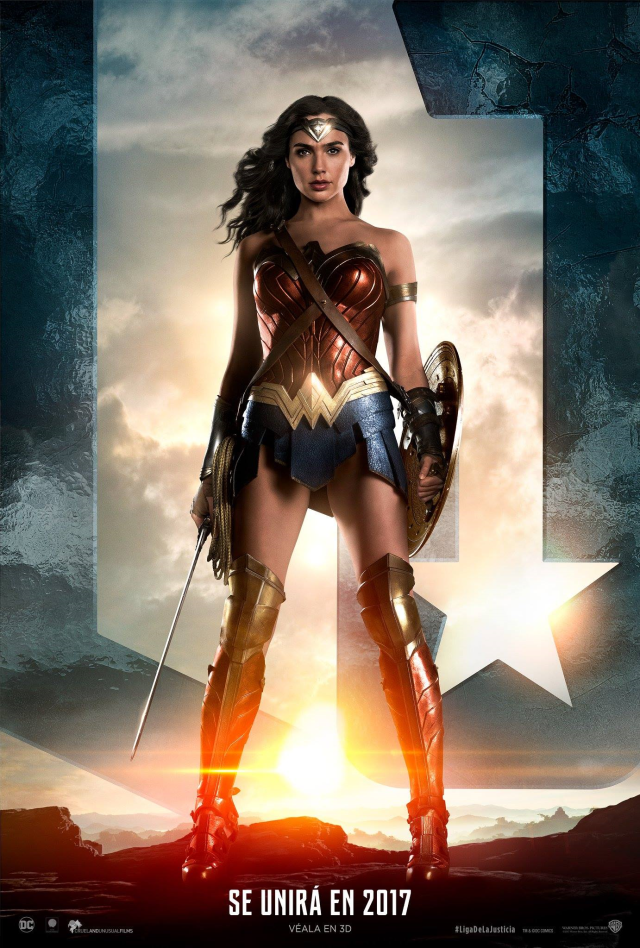 Justice League - LATAM Wonder Woman Posters Personajes