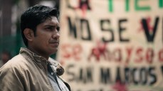 Tenoch Huerta es Adán en Aquí en la Tierra - FOX Premium (17)
