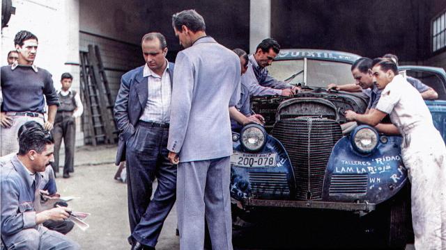 Fangio- El hombre que domaba las maquinas.jpg