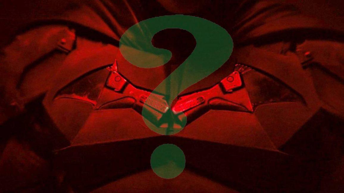 logo de the batman con signo de interrogación encima