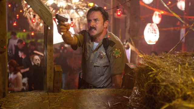david-arquette-will-reprise-his-role-of-sheriff-dewey-riley-in-scream-5-social