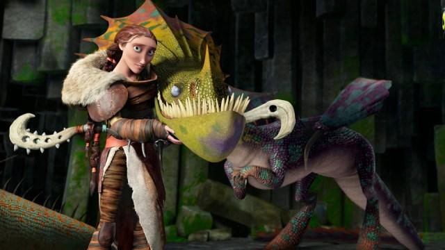 valka, voz de cate blanchett, en cómo entrenar a tu dragón 2