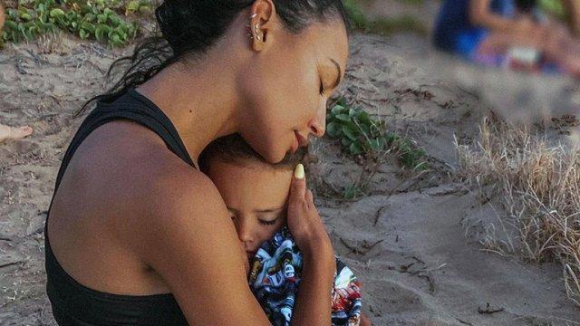 Fotografía de Naya Rivera y su hijo