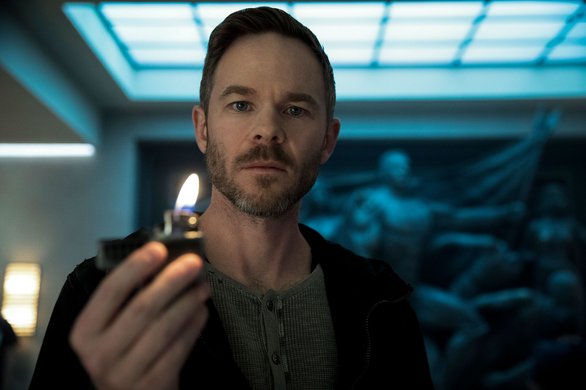 Fotografía de Shawn Ashmore como Lamplighter en The Boys
