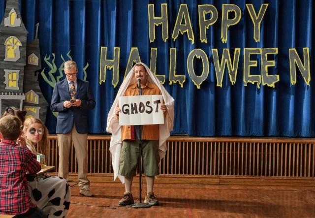 Hubie Halloween, Adam Sandler as Hubie Dubois. Cr. Scott Yamano/NETFLIX ©2020
