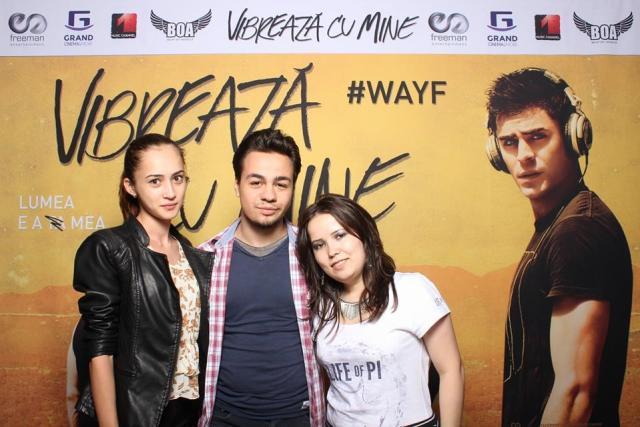 De la stanga la dreapta: Adriana Sandru (autoarea acestui articol), Malaezu si Angela (CineAmator)
