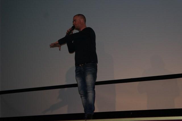 Singuratatea unui asasin inainte sa traga la Comedy Cluj 2015