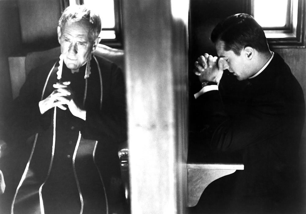 TRUE CONFESSIONS, Burgess Meredith, Robert DeNiro, 1981. (c)United Artists..