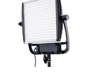 Litepanels-Bringing-ASTRA-1x1-EP-and-1x1-E-Series-Lights-to-NAB-2015